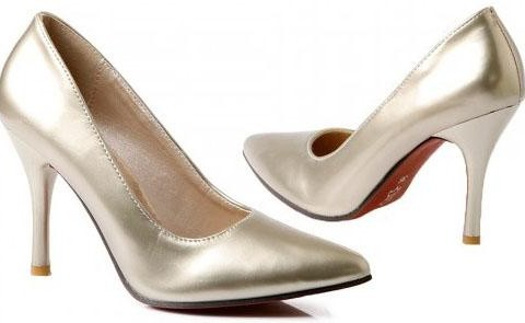 Pointed Fashion Shoes_101214_fll